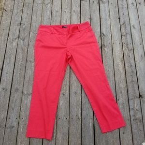Red the limited brand capri pants